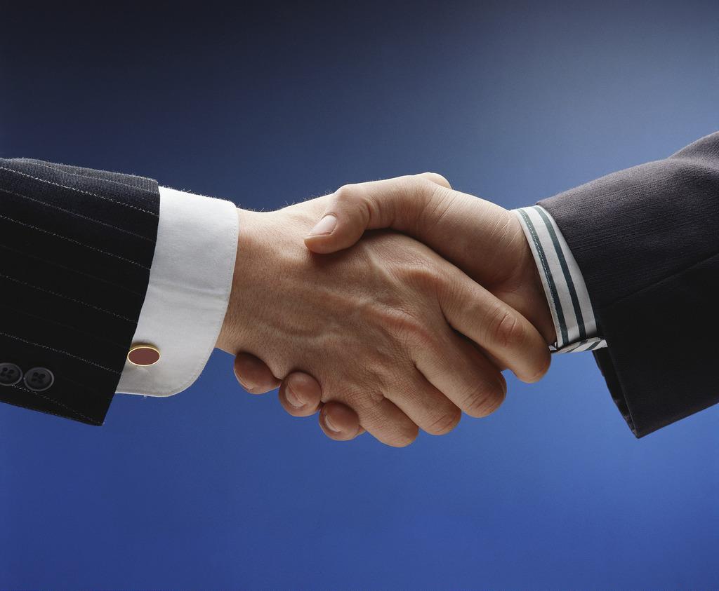 pozicka-handshake